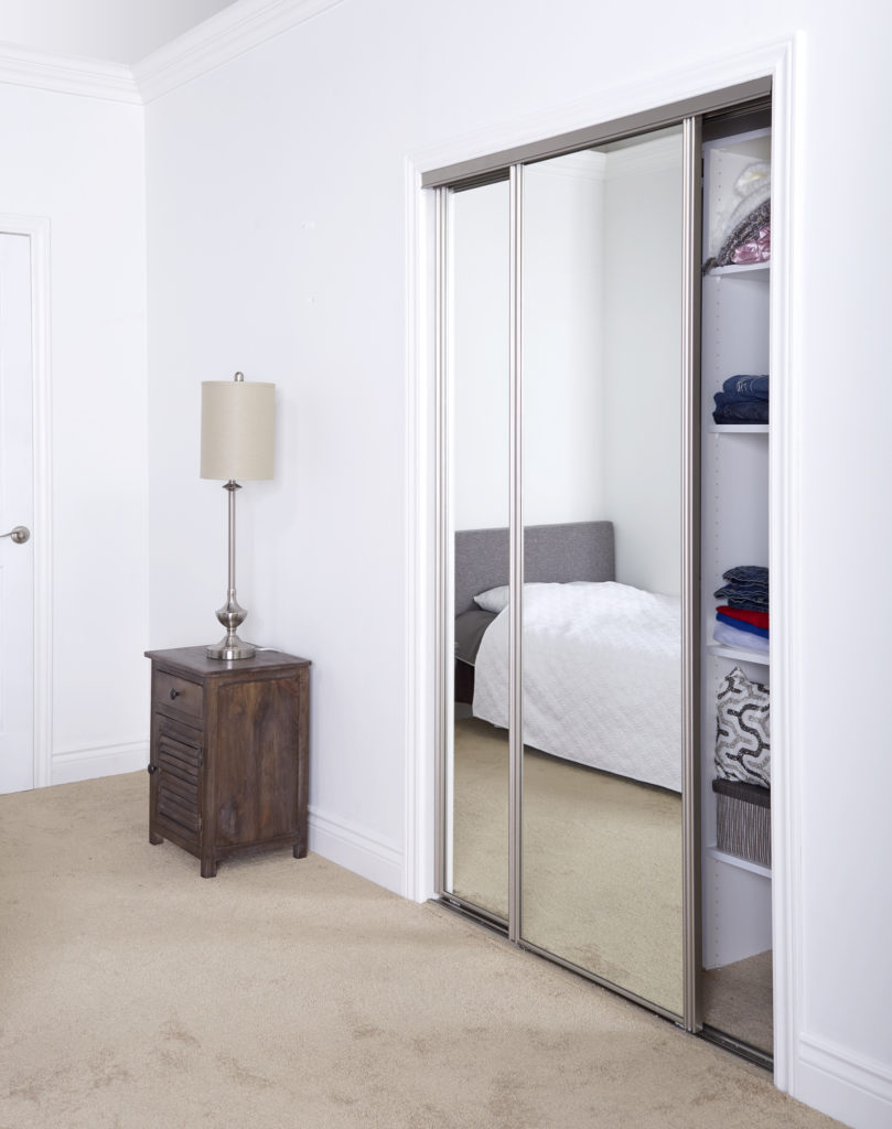 A picture of a sliding mirror door.