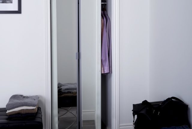 Sliding Bifold Door With 1 Quot Beveled Edge Mirror Amp Slimline