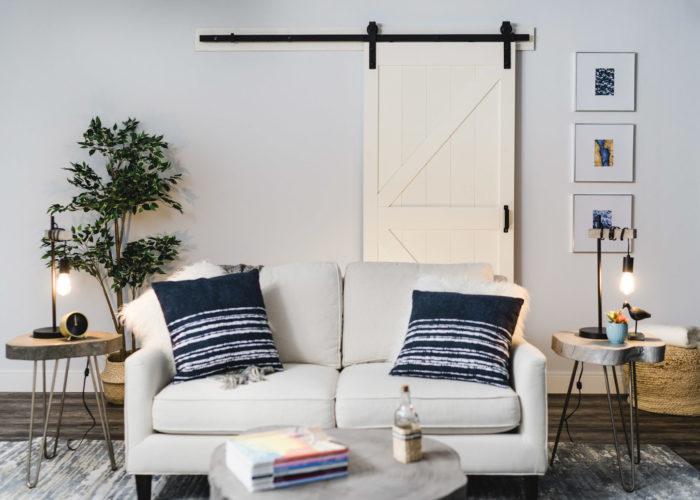 Stone K-Design Barn Door Kit in Off-White